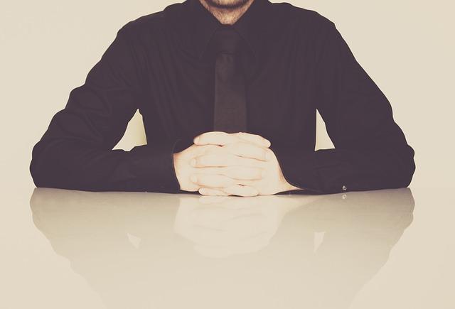 businessmanquestion